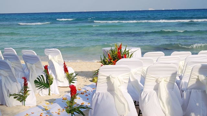 How to Select a Monterey and Carmel Wedding Venue