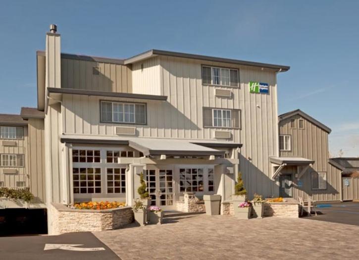 Holiday Inn Express Monterey
